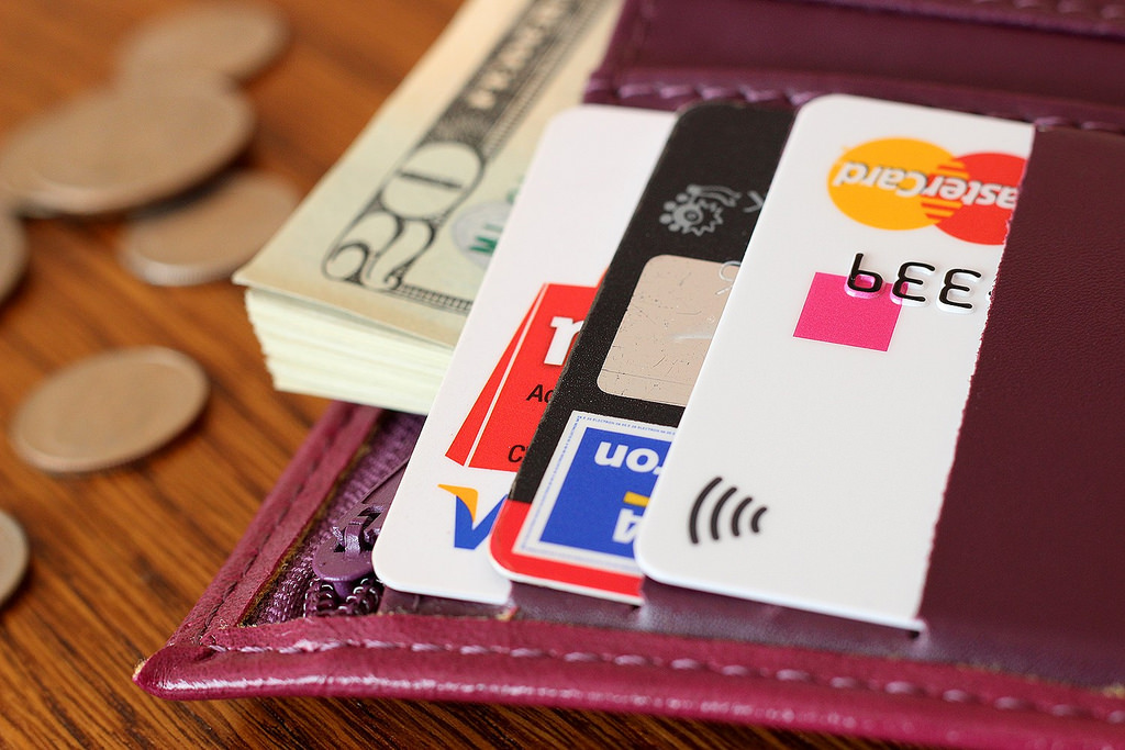 Cash Back Or Travel Points: What's Worth More